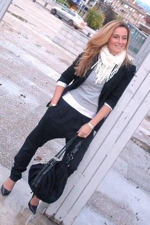 old Zara blazer - old Misako bag - collection Bershka pants