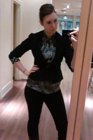 black vintage blazer - white Jacob blouse - black Gap pants