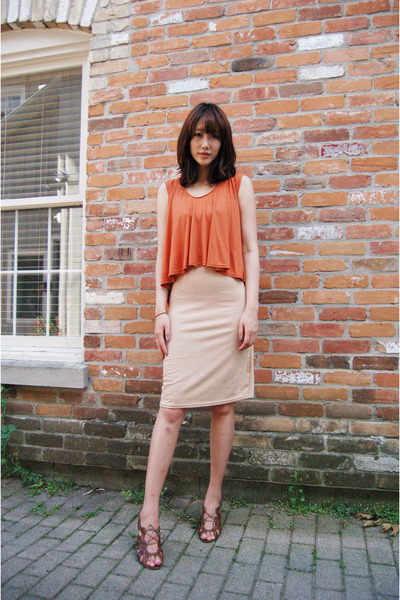 burnt orange UniQUEEN dress