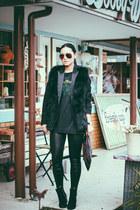 Sheinside vest - PERSUNMALL boots - PERSUNMALL leggings - sismade bag