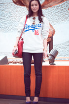 vintage sweatshirt - H&M shoes - gu jeans - Alexander Wang bag - H&M sunglasses