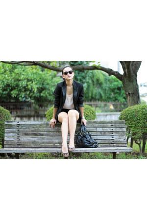 Zara shorts - Topshop sunglasses - H&M ring - H&M top - H&M flats