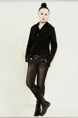 black bcbg max azria boots