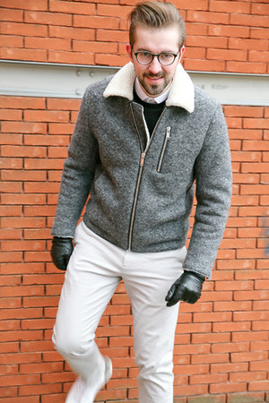 white Matinique shirt - heather gray COS coat - navy COS sweater