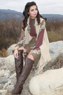 Dark-brown-urbanog-boots-puce-urbanog-dress-beige-urbanog-vest