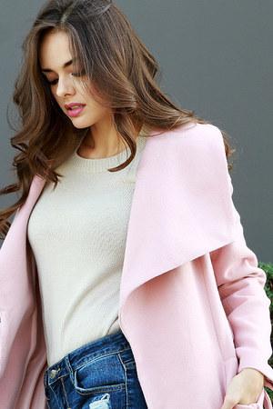 beige UrbanOG sweater