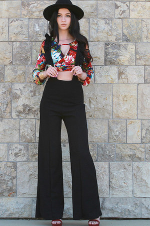 ruby red UrbanOG top - black UrbanOG jumper