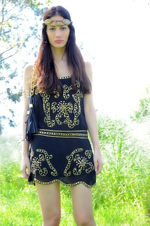 black Sheinside dress - dark khaki Boüret hair accessory
