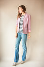 Light-blue-vintage-jeans-light-pink-viral-threads-vintage-jacket
