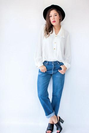blue levis 501 vintage jeans - white beaded collar vintage blouse