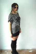 black blouse - black skirt - black boots
