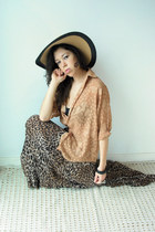 nude burnout vintage blouse - brown Viral Threads Vintage skirt - black polka do