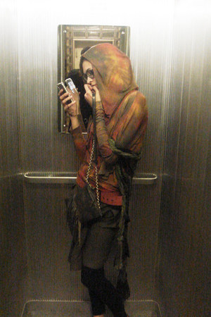 burnt orange Konsanszky sweater - olive green Sara Bardotti scarf - charcoal gra