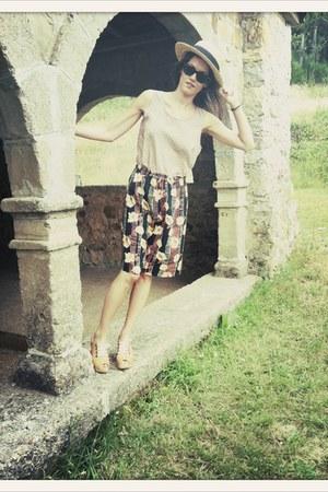 black vintage VIRVIN shorts - tan H&M hat - bubble gum vintage VIRVIN top
