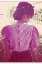brick red crown VIRVIN accessories - bubble gum VIRVIN blouse