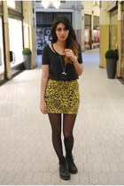 yellow leopard print evil twin skirt - black Dr Martens boots