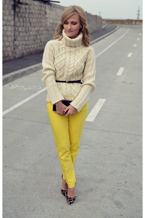 Zara sweater - Orsay bag - Zara pants - depurtatro heels