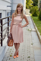 Massimo Dutti dress - Orsay bag - depurtatro heels