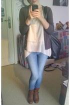 eggshell asymmetrical Tischa blouse - brown ankle boots Sacha boots
