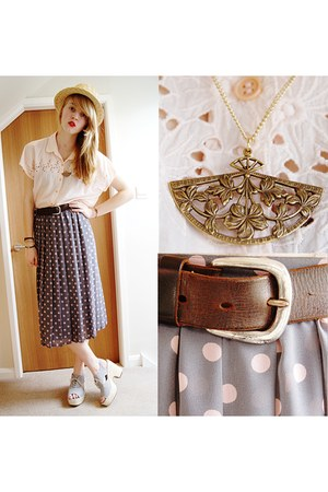 gray midi valerie vintage skirt - light blue woven Deena & Ozzy shoes