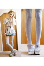 neutral floral valerie vintage blouse - black leather Jeffrey Campbell heels