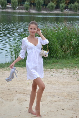 - dress - Louis Vuitton purse - carlo pazolini heels