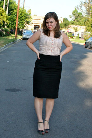 red H&M blouse - black Zara skirt - gray Bebe shoes - black vintage accessories