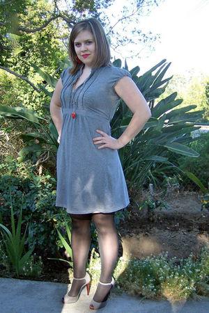 gray Down East Basics dress - black Betsy Johnson tights - gray Bebe shoes - red