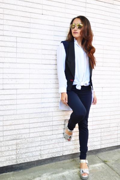 ivory Zara shirt - silver sandals