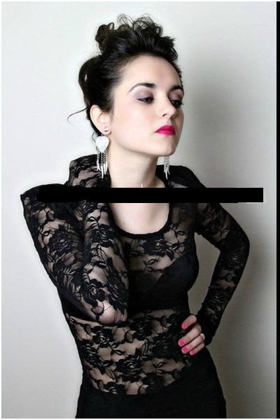 dab1af68f7c68e Black Lace H&M Tops, Ivory LF Earrings |