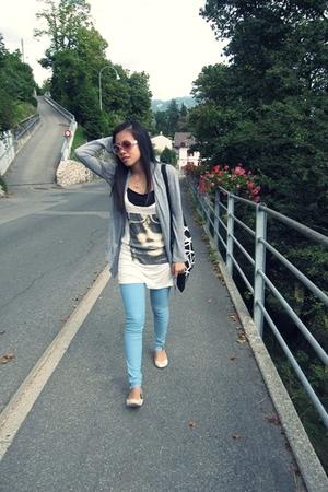 Gucci sunglasses - H&M leggings - Beshka blazer - Beshka blouse - H&M shoes - H&
