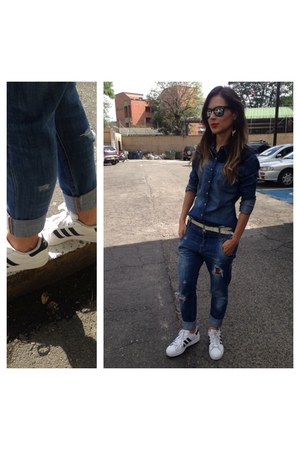 boyfriend Levis jeans - Bershka shirt - superstar ii Adidas sneakers - glasses