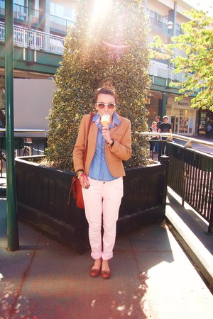 light pink jean H&M jeans - nude tweed thrifted blazer - light blue denim Newloo
