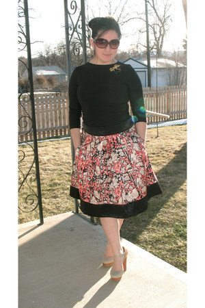 carrot orange vintage skirt - black black shirt - gold vintage pins accessories
