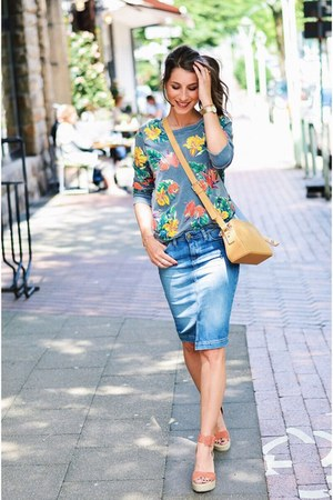 blue skirt - silver floral sweater sweater - nude leather bag bag