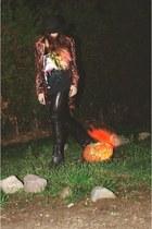 velvet vintage blazer - bronx boots - Catarzi hat - Aerosmith t-shirt