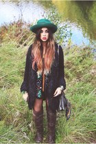 light brown over the knee bronx boots - black vintage inn sopot coat