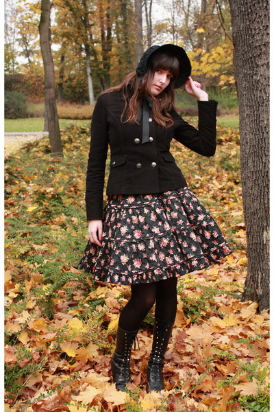 black Orsay jacket - light orange black and roses Bodyline skirt