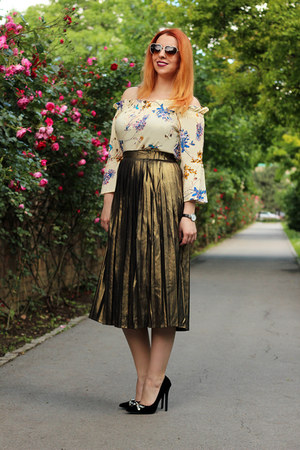 gold sammydress skirt - yellow zaful shirt - Emblem Eyewear sunglasses