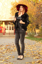 black fur wholesalebuying jacket - grey NewYorker jeans - burgundy tidebuy hat
