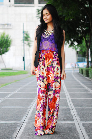 carrot orange pants - violet top