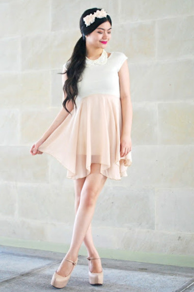 cream skirt - white necklace - white top - cream pumps