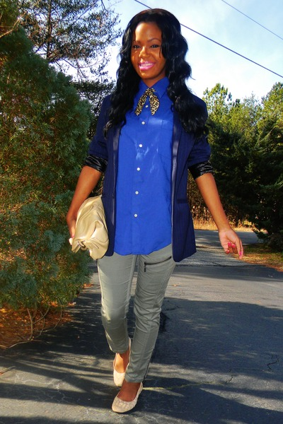 navy striped blazer - blue shirt - nude fold over bag - olive green zipper pants