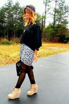 tan suede wedges - black vintage no brand shirt - black turban scarf