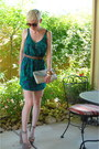 Tan-platforms-steve-madden-shoes-green-green-urban-outfitters-dress-beige-mu