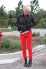 Red-thrifted-vintage-jeans-black-classic-dr-martens-boots