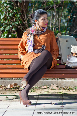 Mango dress - vintage blazer - BLANCO scarf - Louis Vuitton bag - vintage belt -