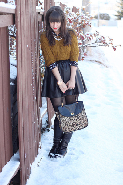 olive green Forever 21 sweater - black Michael Kors boots - tan Forever 21 bag