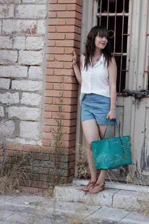 turquoise blue Michael Kors bag - sky blue Forever 21 shorts