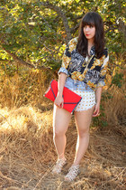 red vintage bag - light blue Native Heart shorts